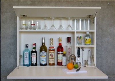 Domácí bar na alkohol