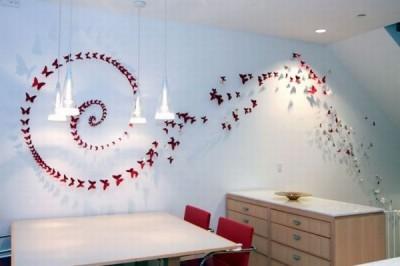 Dekorativní motýlci z plechovek od piva
