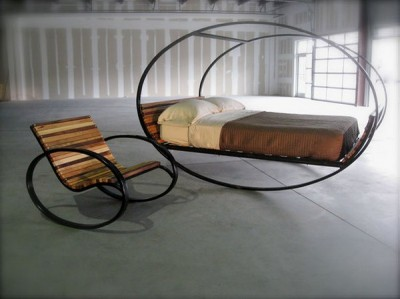 Houpací postel, to je Mood Rocking Bed (http://www.homemag.cz)